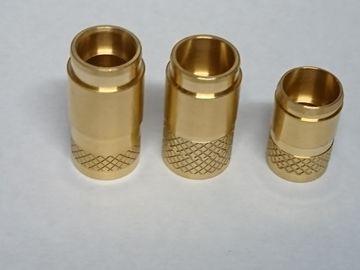 真鍮 精密切削加工 量産内径加工品